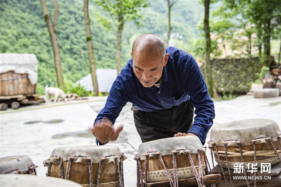 (文化)(2)吴开学与他的顶塘鼓