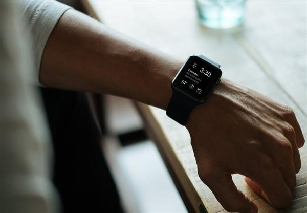 2018年第二季度苹果卖出350万只Apple Watch