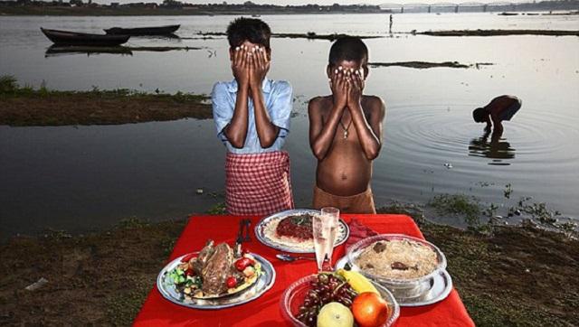 """意摄影师拍贫困照片被指表达""""贫困色情""""遭抵制"""
