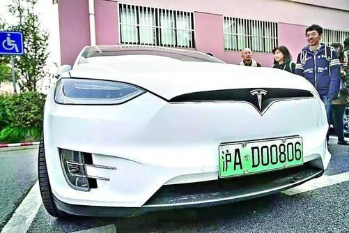 绿色的新能源车牌识别率偏低 辉通提出解决方案