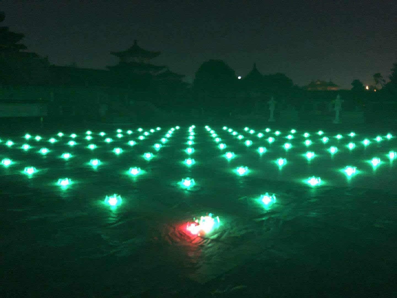 南昌一江两岸无人机编队表演首次测试成功 将于10月与市民见面