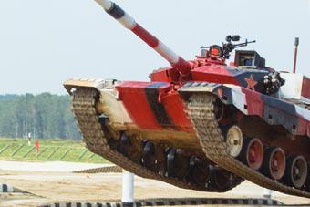 """""""坦克两项""""第三天 中国队小组赛一秒惜败"""