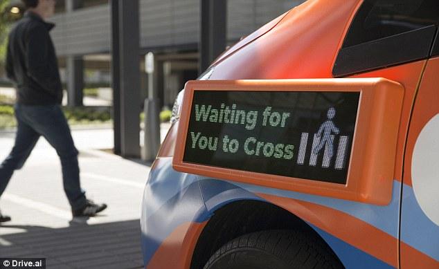Drive.ai发布橙色自动驾驶车 自带显示屏提醒路人