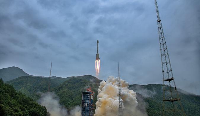 中国成功发射第三十三、三十四颗北斗导航卫星