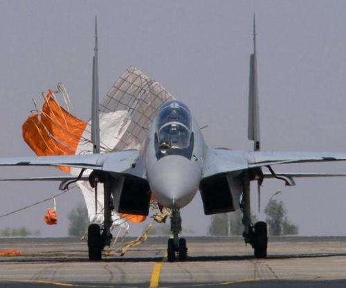 要买美制战机配俄制导弹?印度军购左右逢源