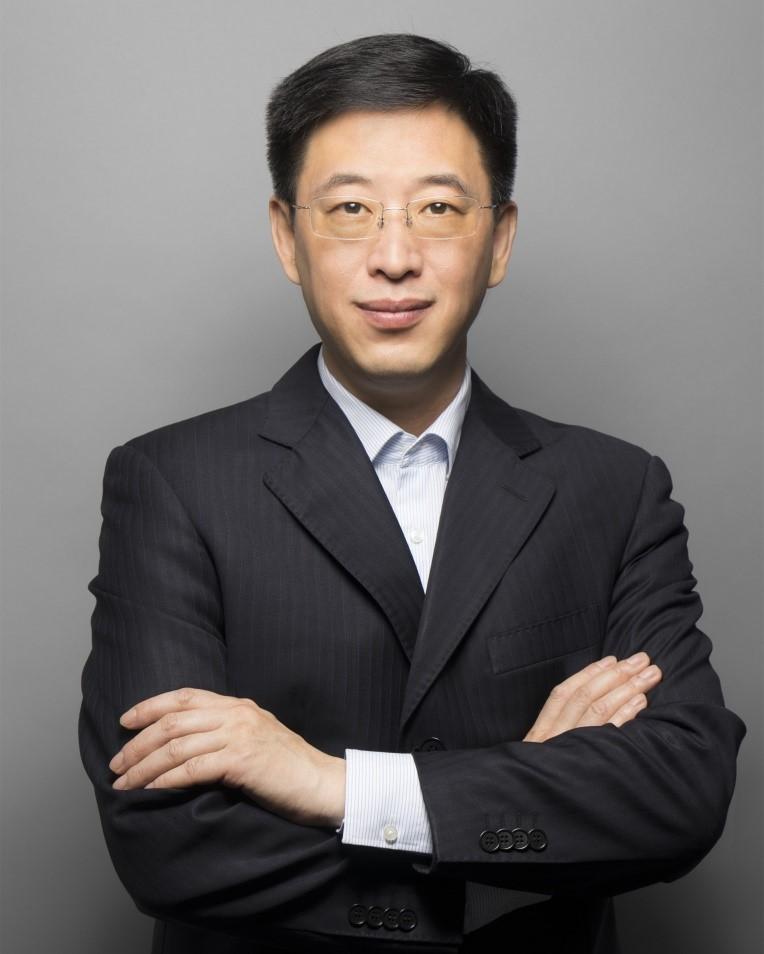 智能电子架构、车联网及自动驾驶专家李谦博士出任华人运通副总裁