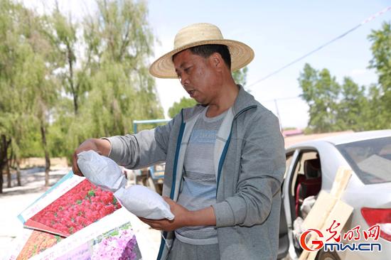 """青海省城上村""""第一书记""""刘贵明这三年"""