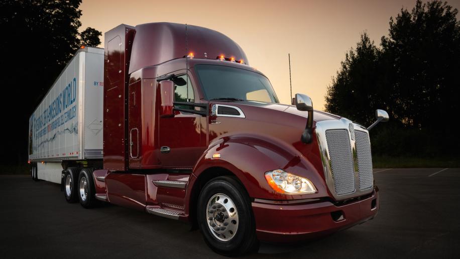 丰田发布第二代燃料电池半挂卡车 续航升级逾483公里