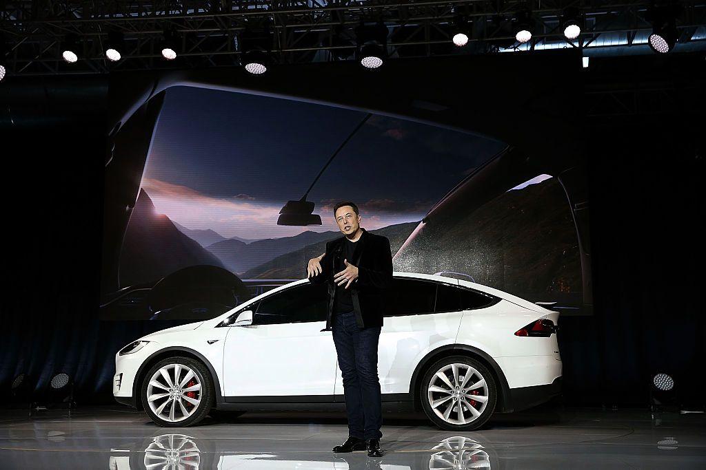 外媒:特斯拉正为自动驾驶汽车制造自家AI芯片
