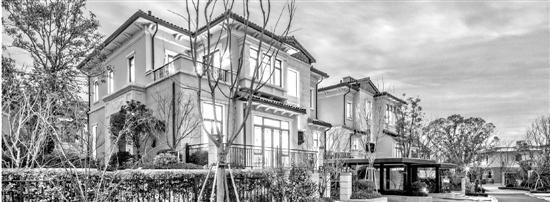 850万买的别墅冒出陌生租客:我花100万租下十年
