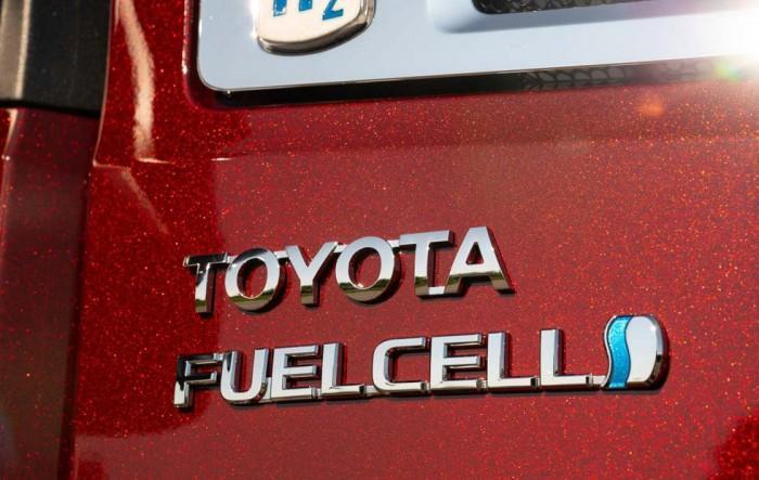 丰田测试第二版燃料电池Class 8零排放卡车
