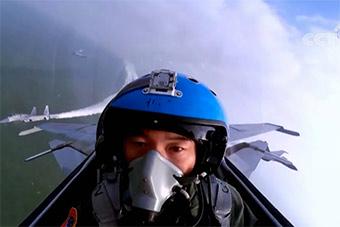牺牲海军歼15舰载机飞行员张超罕见视频曝光