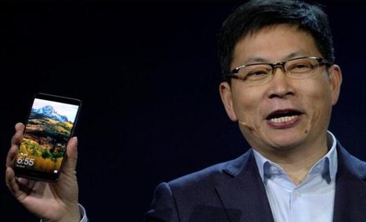 华为余承东:明年最后一个季度手机业务做到全球第一
