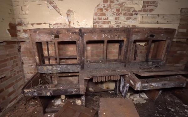 英探险家发现尘封30年地堡 系二战时英军通讯基地