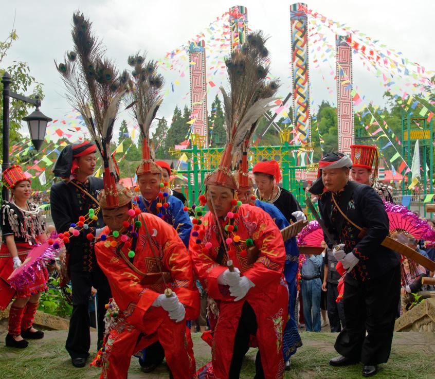 民族村特色节庆活动——景颇族目瑙纵歌节