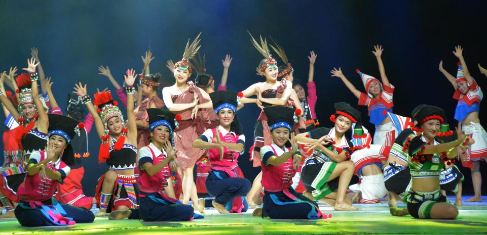 云南民族村大型舞蹈音诗画:《高原的呼唤》