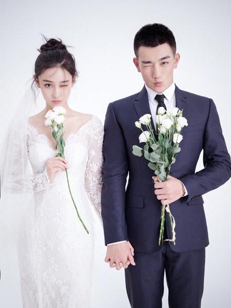 张馨予宣布结婚喜讯 曝结婚证晒钻戒 女星婚纱照曝光谁是最美新娘