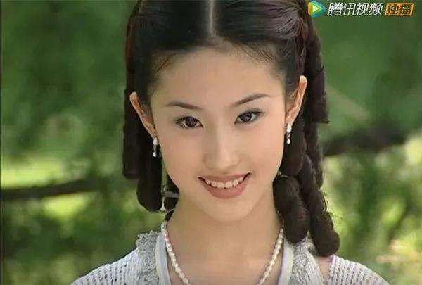 素颜刘亦菲VS《金粉世家》白秀珠,为什么她15年后反而更美?