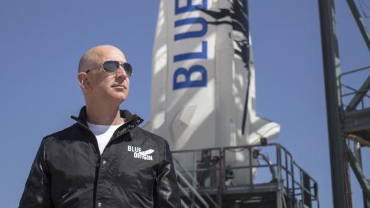 急追SpaceX 但贝佐斯的大火箭2020年商业发射太难