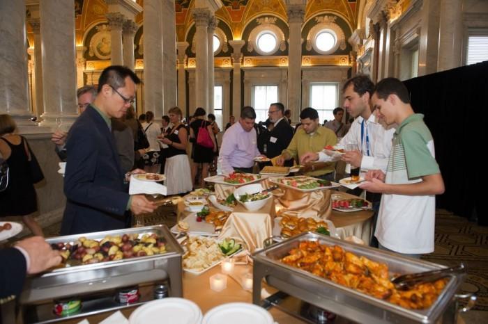 旧金山想终结科技公司免费午餐 让程序员出来吃饭