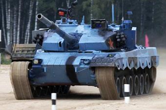 中国队晋级坦克两项接力