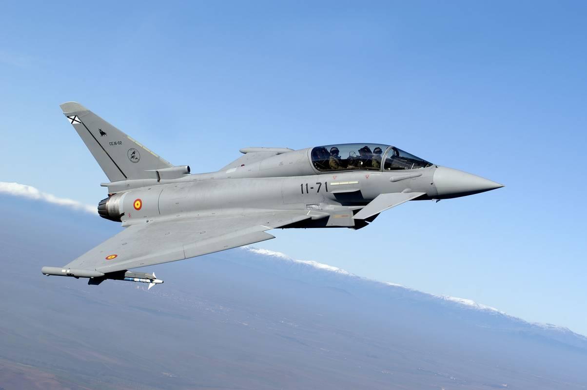 西班牙战机误射装有战斗部导弹 或落入俄境内