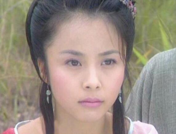同样是演天庭仙女,杨幂的夕瑶,黄圣依的七仙女,都比不上她经典