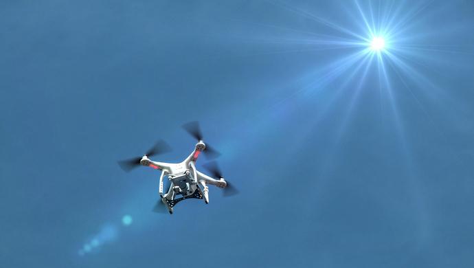 """面对""""无人机袭击""""模式,各国政府都准备好应对方案了吗"""