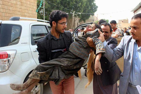也门一大巴遭空袭致43人死亡 多数为十岁以下儿童