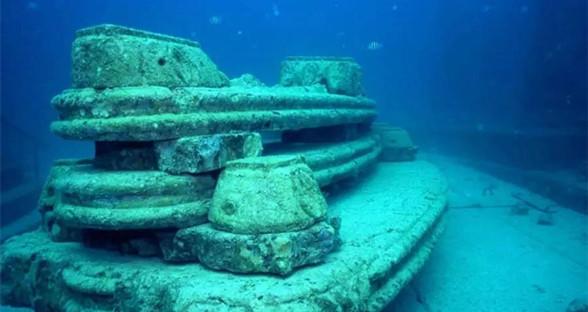 探秘神奇的海底墓穴:身后事也可以这么浪漫