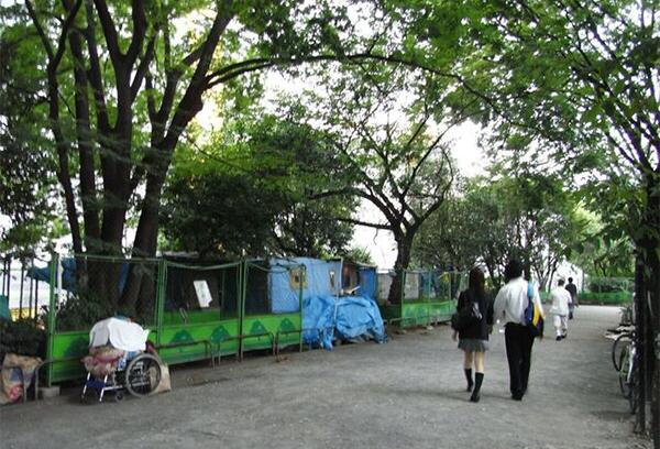 """保护和工作支援措施发挥作用 东京""""流浪汉""""同比减少620人"""
