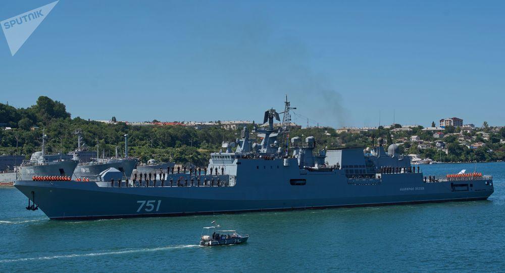 上演猫鼠游戏,俄护卫舰被曝曾在地中海追踪美潜艇两小时