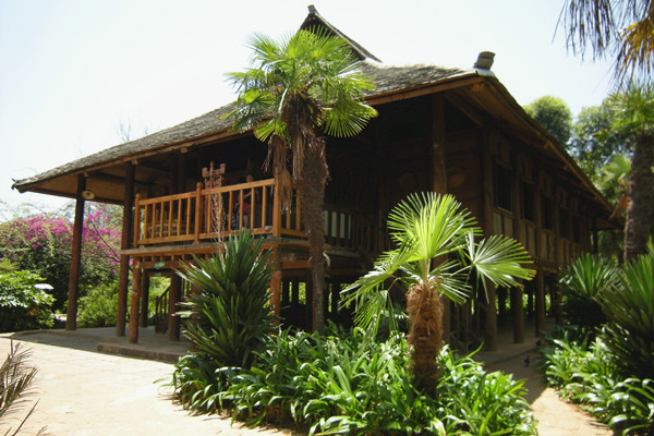 云南民族村特色村寨:基诺族寨