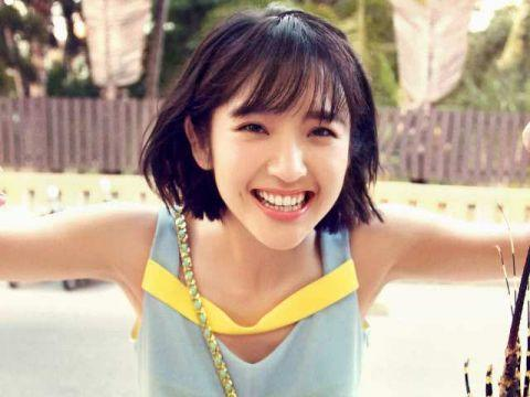 眼睛会笑的女星 唐艺昕超可爱