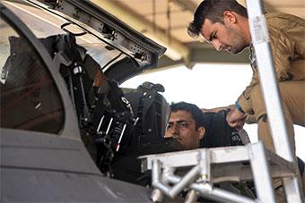 澳组多国军演 让印度空军零距离感受阵风战机