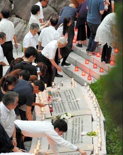 524人仅剩4人幸存的日航空难33周年 遇难者家属举行追悼会