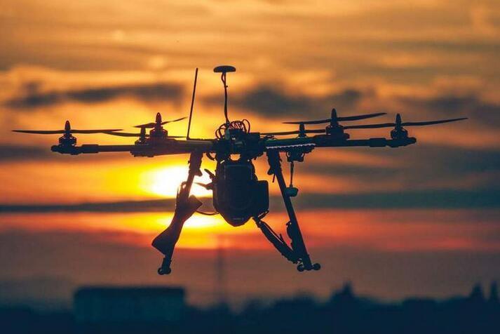 印媒叹失无人机市场良机:限制过多致无法跟中国比