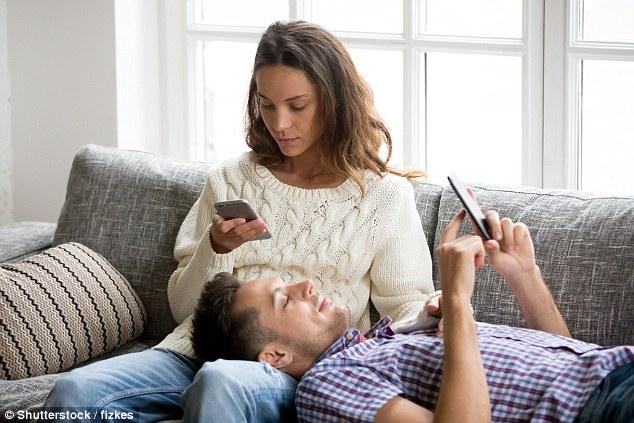 研究:下班后查看邮件损害自己和家人身心健康