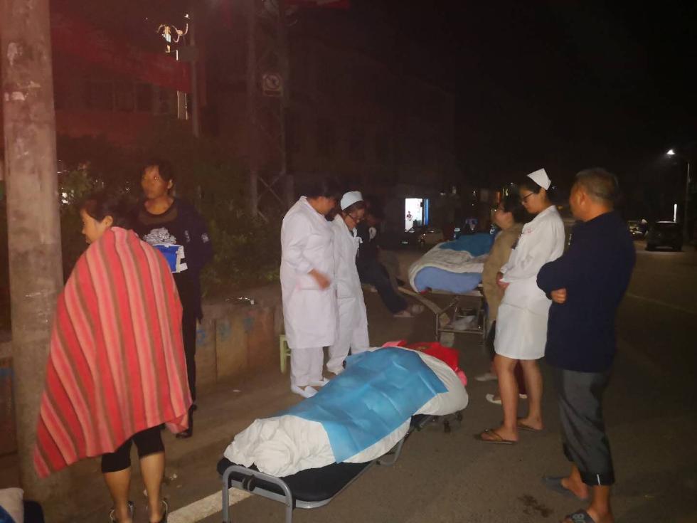 云南通海发生5级地震 一名地震宝宝平安降生