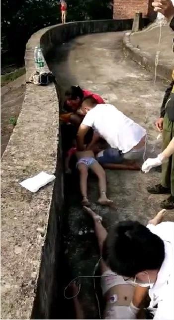 广西4儿童随大人去水库钓鱼致3人溺亡 最小才8岁