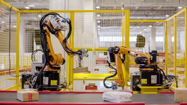 外媒:京东挑战亚马逊 创建面向未来的零售运营体系