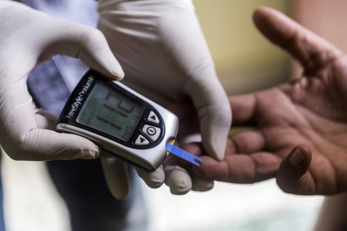外媒:传感器和智能手机技术可帮助监测糖尿病