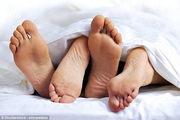 大家的性生活到底如何?调查:10%女性一年都不做