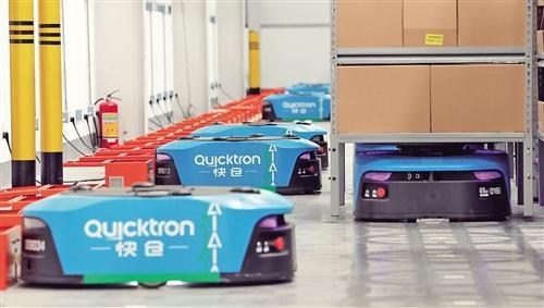 物流新技术不断涌现 快递企业竞相推出无人仓、无人机等产品