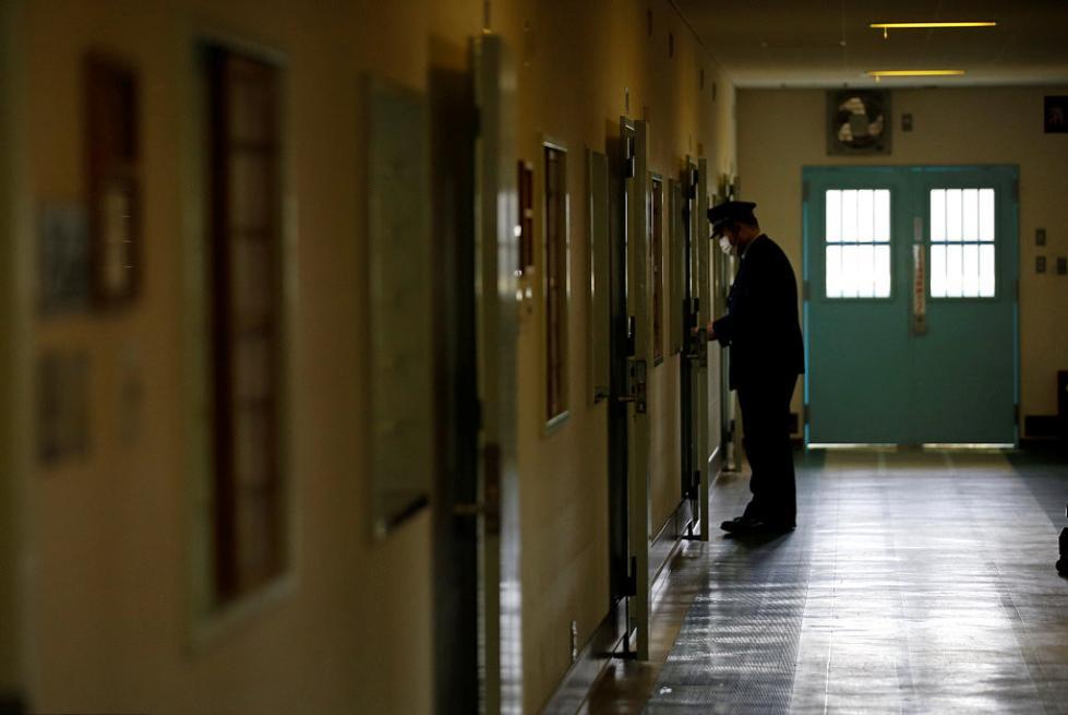 疑犯逃狱近2小时未被发现 因警察嫌烦关闭警报器