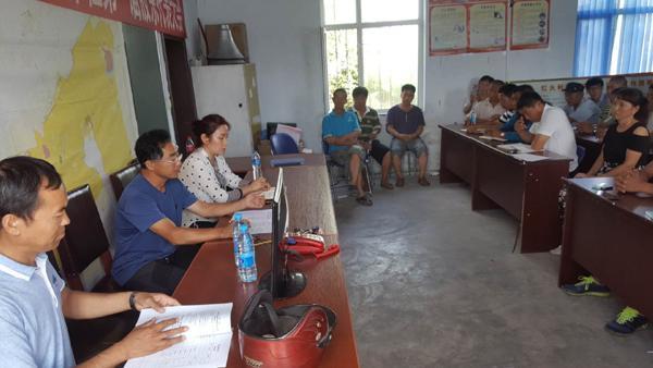 明德乡组织参观学习推进全乡农村集体产权制度改革工作