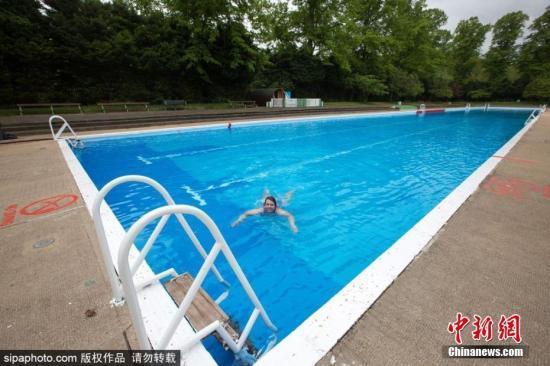 中国高中生赴美参加夏令营 在寄宿家庭游泳池溺亡