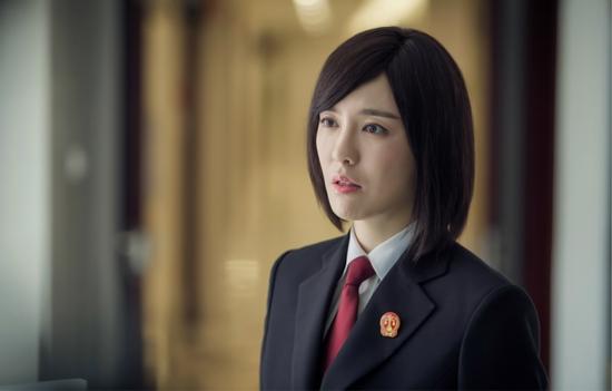 吕佳容《执行利剑》收视破2 左琳正式宣战掀热潮