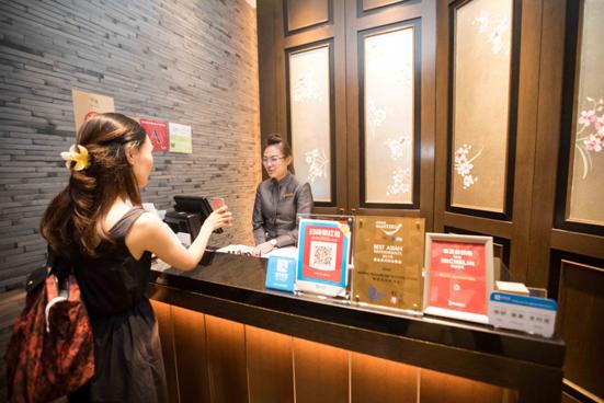 新加坡全国积极接入支付宝 中国游客畅游不用带钱包