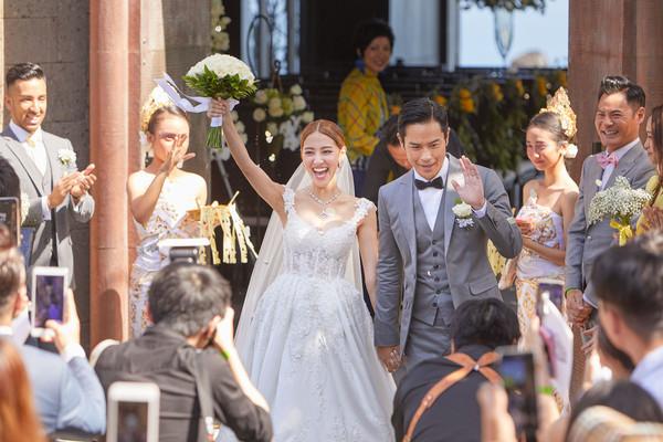 48岁郑嘉颖与港姐陈凯琳大婚!27岁的她凭什么能够成为郑嘉颖的另一半?